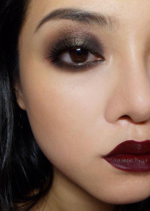 The Makeup Box: October 2011