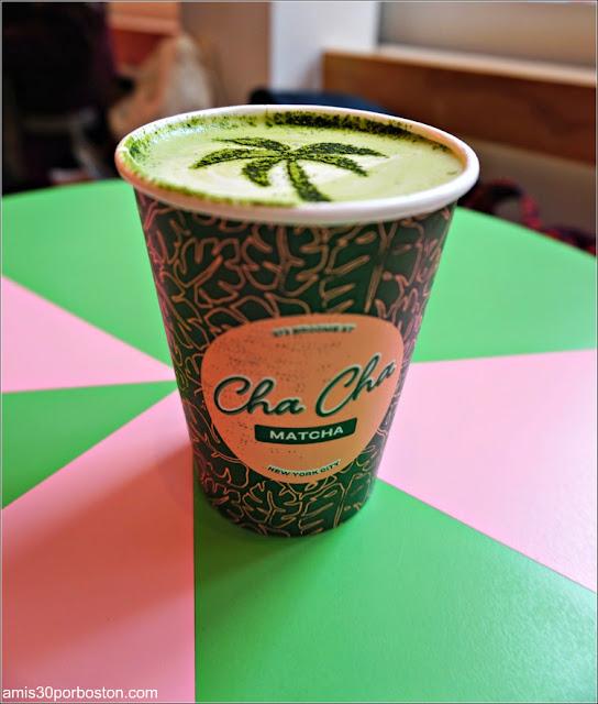 Matcha Latte en Cha Cha Matcha, Nueva York
