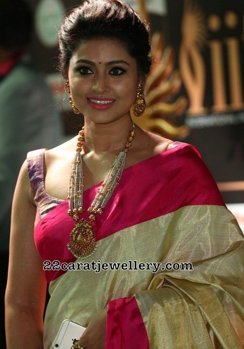 Sneha Temple Jewelry With Pearls Jewellery Designs