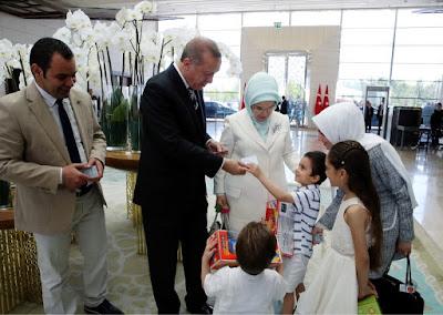 Erdogan Beri Kewarganegaraan Turki untuk Keluarga Gadis Aleppo Bana Alabed