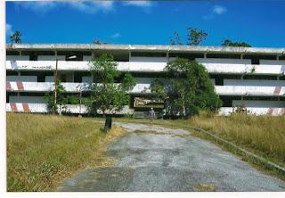 entrada principal de la escuela de los congos, Buenaventura, el Chocó colombiano