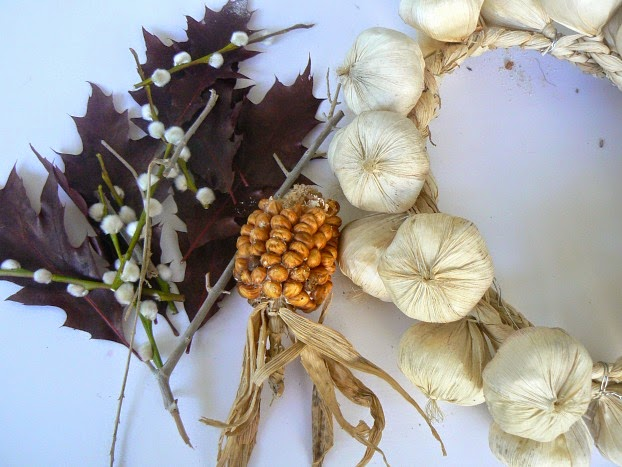 diy garlic wreath