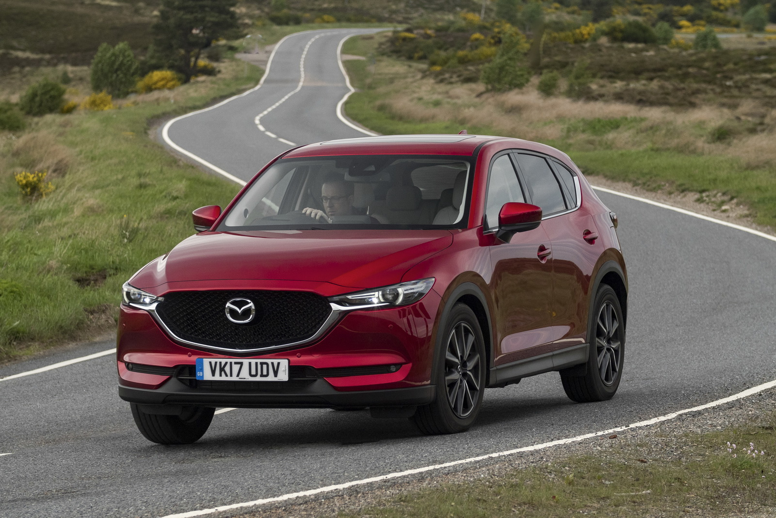 2017 mazda cx 5 priced from 23 695 in the uk 46 pics. Black Bedroom Furniture Sets. Home Design Ideas