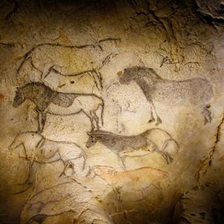 Peintures rupestres représentant des Pottokak. Auteur :  Xabier Eskisabel