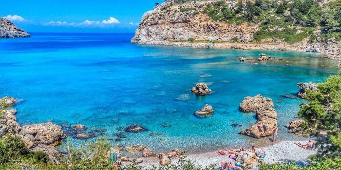 La spiaggia di Anthony Quinn Rodi, Grecia