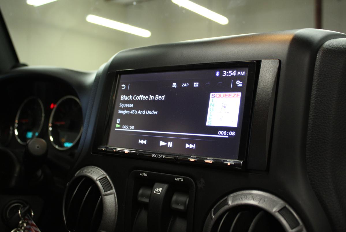 jeep wrangler radio code g n rateur service gratuit en ligne r cup rer code autoradio. Black Bedroom Furniture Sets. Home Design Ideas