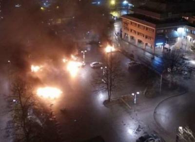VIDEO: Muslims burn Sweden