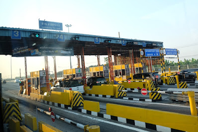 gerbang tol di thailand
