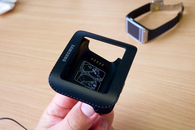 Samsung Galaxy Gear dokovacia stanica