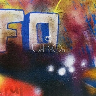 Coldplay Lyrics - U.F.O.