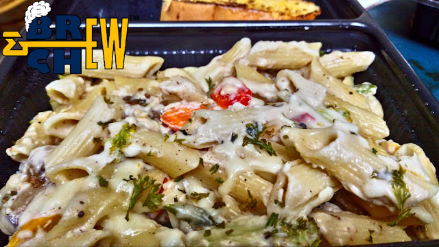 Cookaroo Review | White Cream Sauce Pasta with Garlic Bread