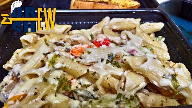 Cookaroo Review | White Cream Sauce Pasta with Garlic Bread