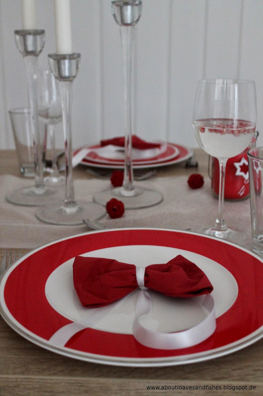 about loaves and fishes tisch eindecken dekorieren festliches men 4. Black Bedroom Furniture Sets. Home Design Ideas