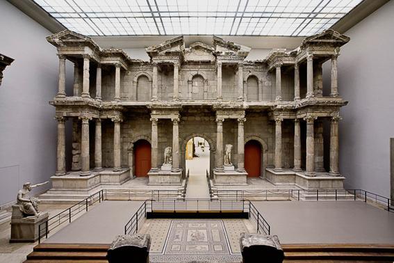 Puerta del mercado de Mileto. Museo de pergamo en Berlin