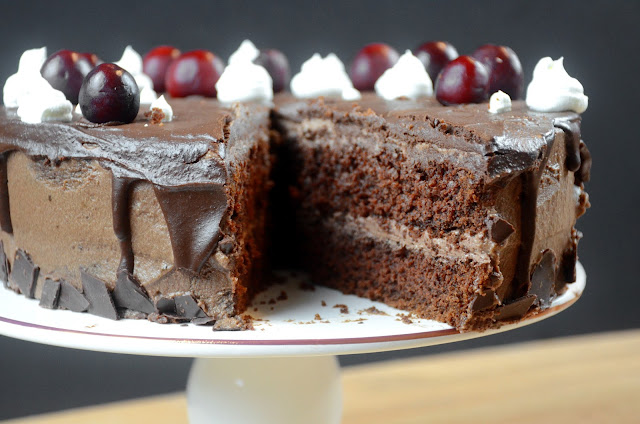 Eggless Chocolate Cake recipe by Veggierecipehouse