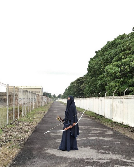 foto muslimah memanah