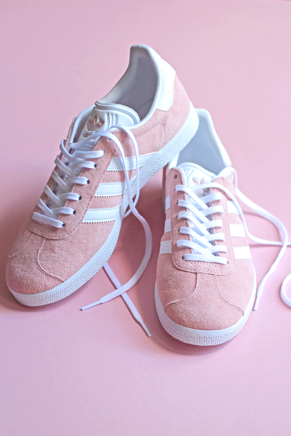 Pink suede Adidas Gazelle sneakers - London style blogger