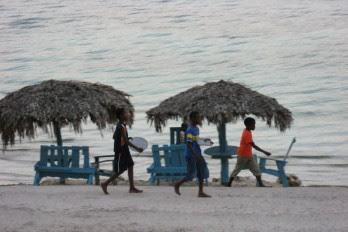 Prostitución de menores en la playa de Boca Chica
