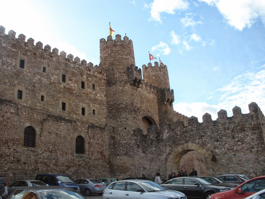 Castillo de Sigüenza, reconvertido en Parador Nacional de Turismo.