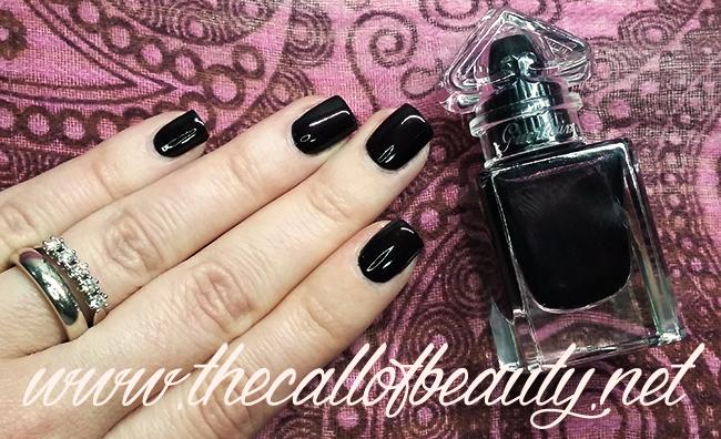 Nail Swatch: Guerlain La Petite Robe Noire Le Vernis #007 Black Perfecto