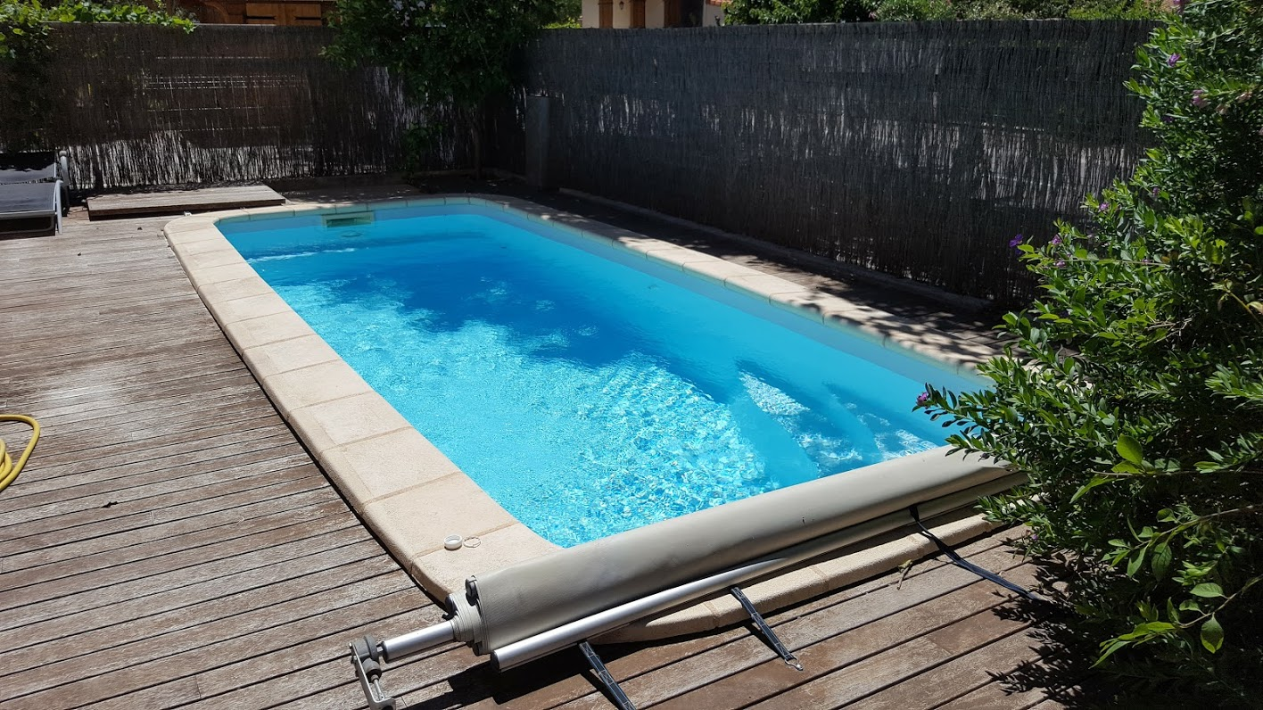 piscine perpignan 66 aquazur piscine installation r novation entretien de piscine 66. Black Bedroom Furniture Sets. Home Design Ideas