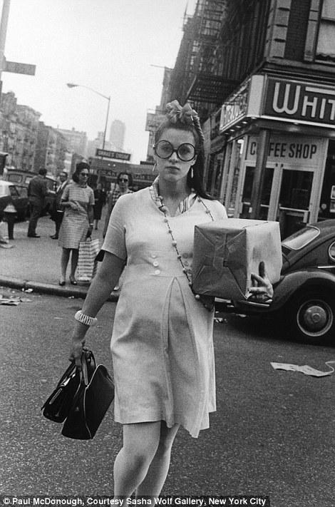 Stunning Black And White Photographs Captured Street