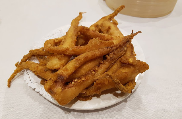 Shark Fin Inn, deep fried squid
