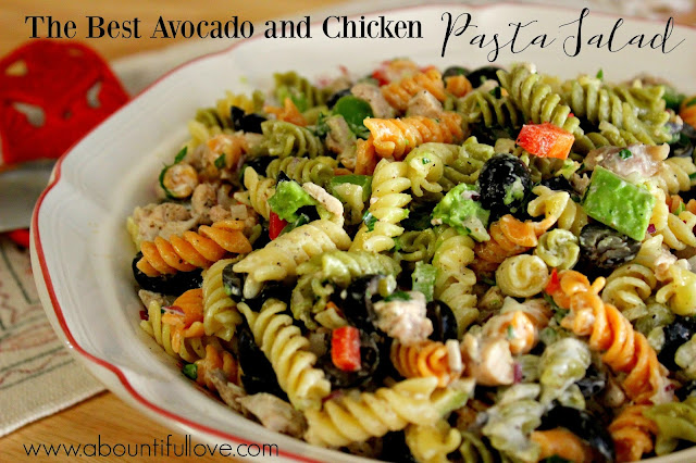 http://www.abountifullove.com/2016/04/the-best-avocado-and-chicken-pasta-salad.html