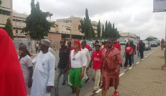 Bring Back Our Girls group make silent march to the Presidential Villa, Abuja (photos)