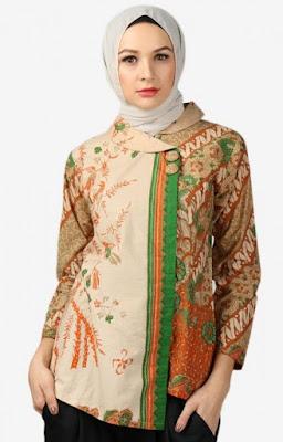 20 Model Baju Batik Terbaru Kombinasi Hijab Tampil Cantik