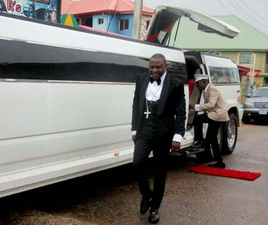 bishop tom samson limo