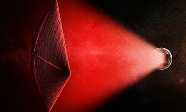 Planet-sized transmitters powering interstellar alien spacecraft in distant galaxies, scientists say! Alien%2Bspacecraft%2Bflashes%2Bspace