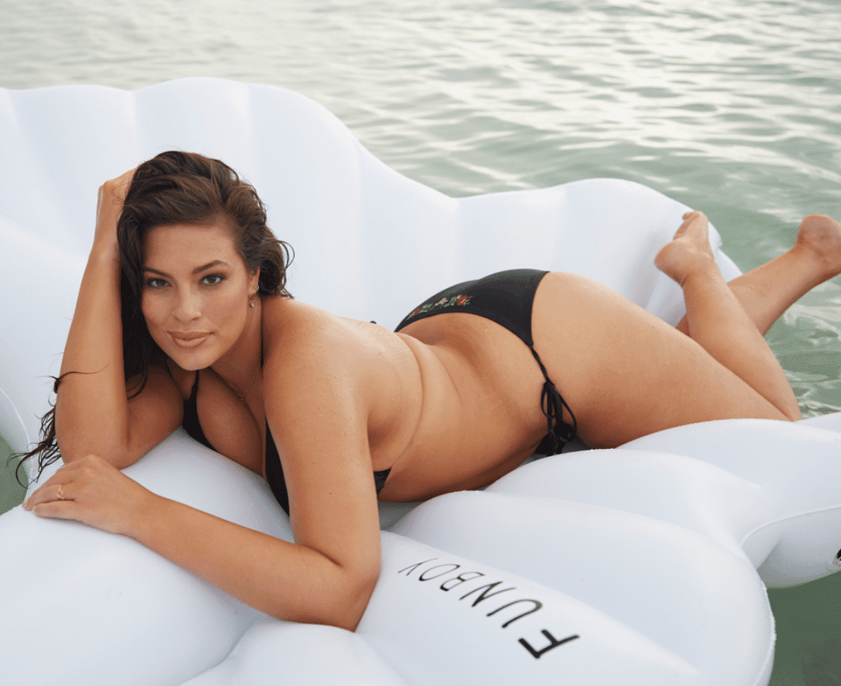 How Ashley Graham Lose Weight Up-To 20Lbs
