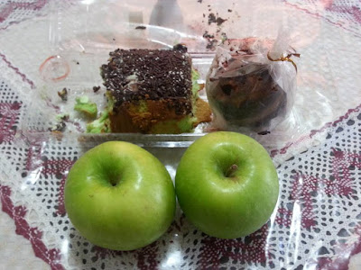 Lebihan Swiss Roll, Muffin & Green Apples Untuk Buat Apple Trifle