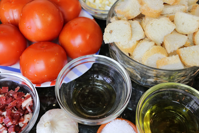 Ingredientes para salmorejo cordobés