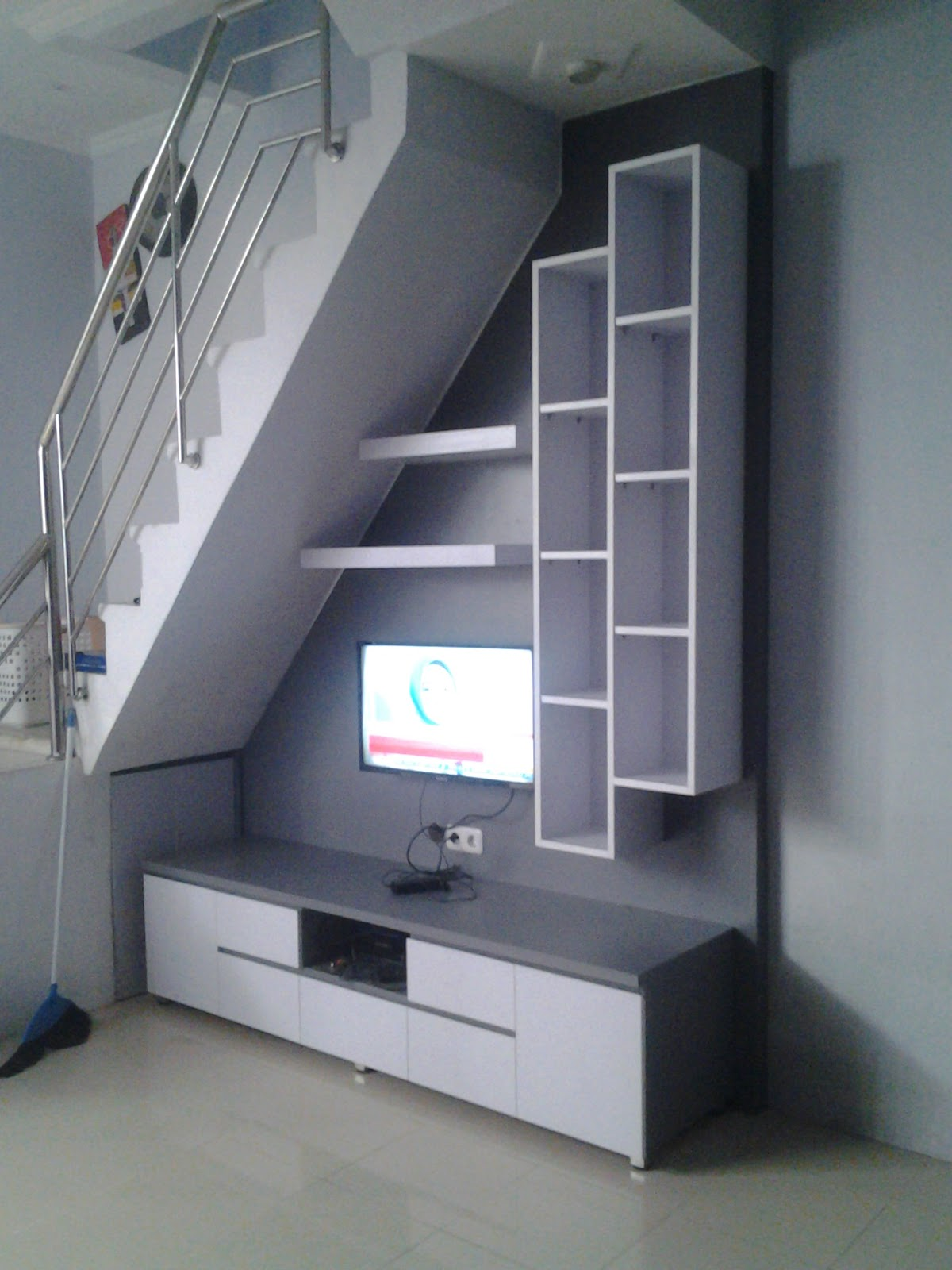 LEMARI BAWAH TANGGA | Dzahra Furniture