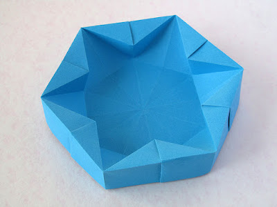foto1 Origami Hexagonal Box by Francesco Guarnieri