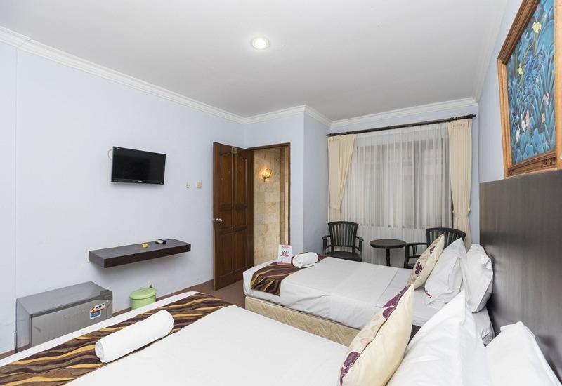 RedDoorz Berlokasi Di Jl By Pass Ngurah Rai No 23 Sanur Bali Ruangan Sederhana Berjumlah 20 Kamar Cocok Buat Para Backpacker Harga Hotel Penginapan