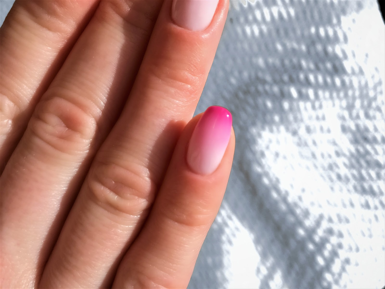 Twisted pink ombre