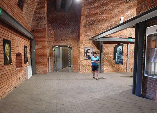 Jedno z większych pomieszczeń Donjonu.