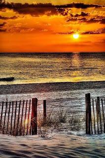 ocaso-a-orillas-de-la-playa