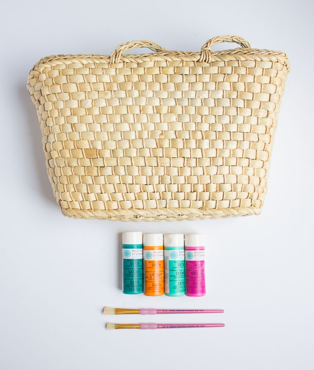 Thrifty Diy Painted Straw Tote Bag Design Improvised
