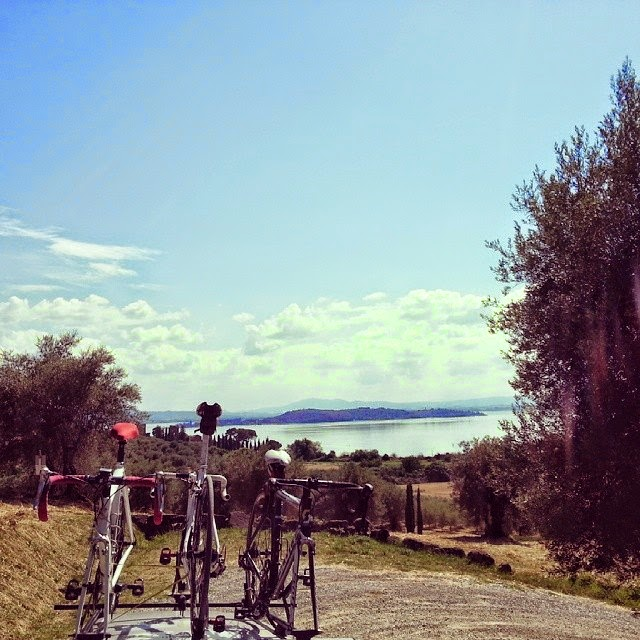 cycling umbria italy