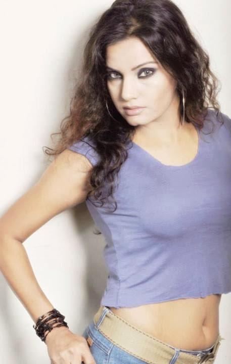Farhana Rain | Bangladeshi Hot Facebook Girl Profile Link