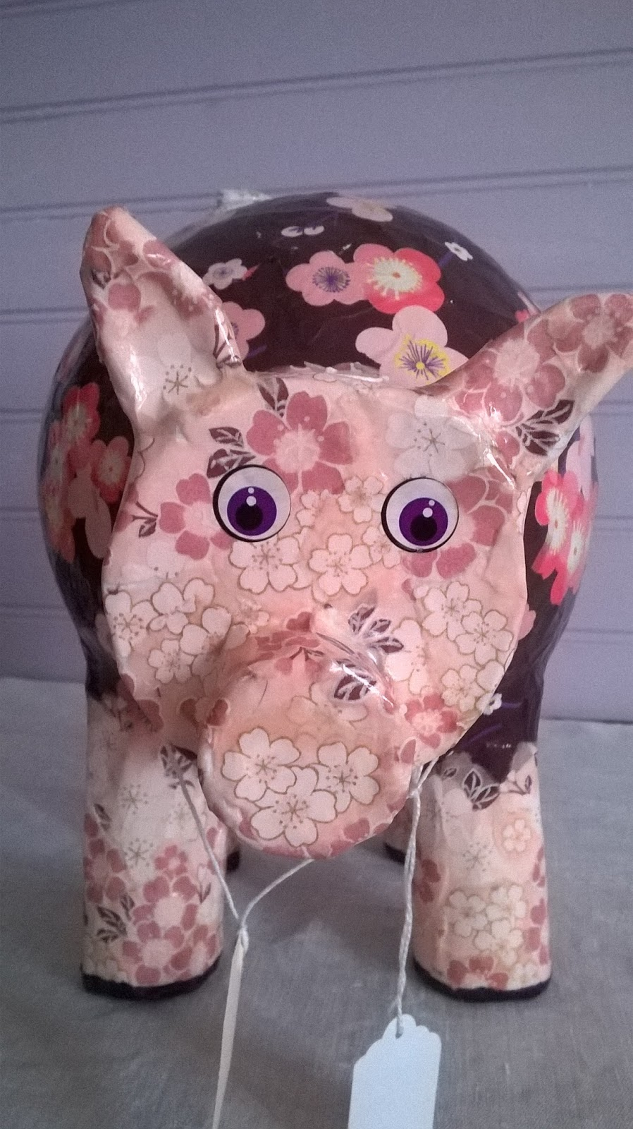 Pierre feuilles ciseaux un petit cochon pendu au plafond - Petit cochon pendu au plafond ...