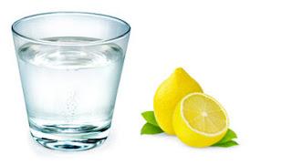 7 Manfaat Luar Biasa Minum Air Hangat di Pagi Hari