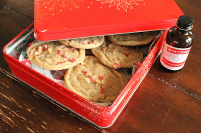 Peppermint Sandies are buttery, crispy and have just the right balance of holiday flavor. #ChristmasCookies #sponsored