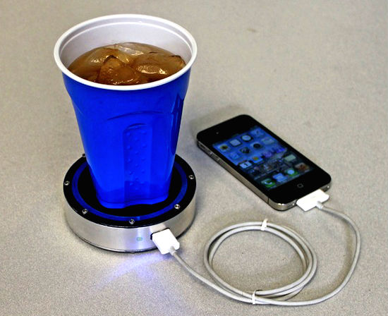 Charge your phone from hot or cold drinks ~ New Inventions