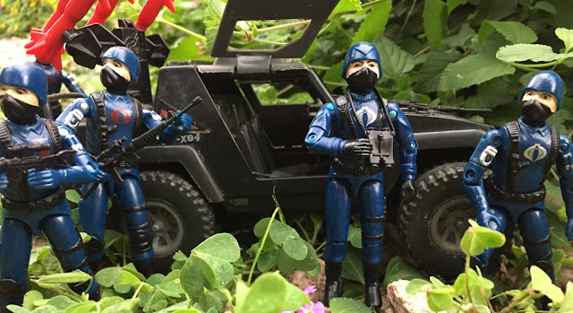 1983 Cobra Officer, Cobra Trooper, Viper Pilot, 1984 Stinger, Black Major, Bootleg, Custom