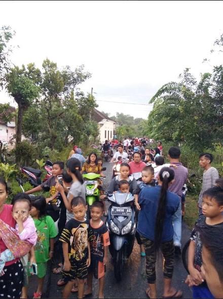 Puting Beliung Menerjang Desa Bringinwareng Winong Pati, Puluhan Rumah Rusak Berat5